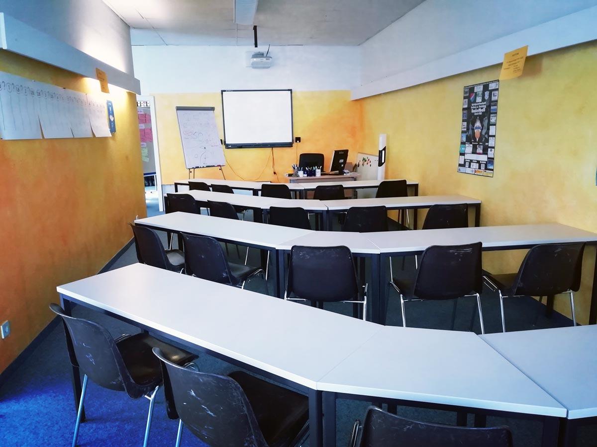 Schulungsraum Fahrschule